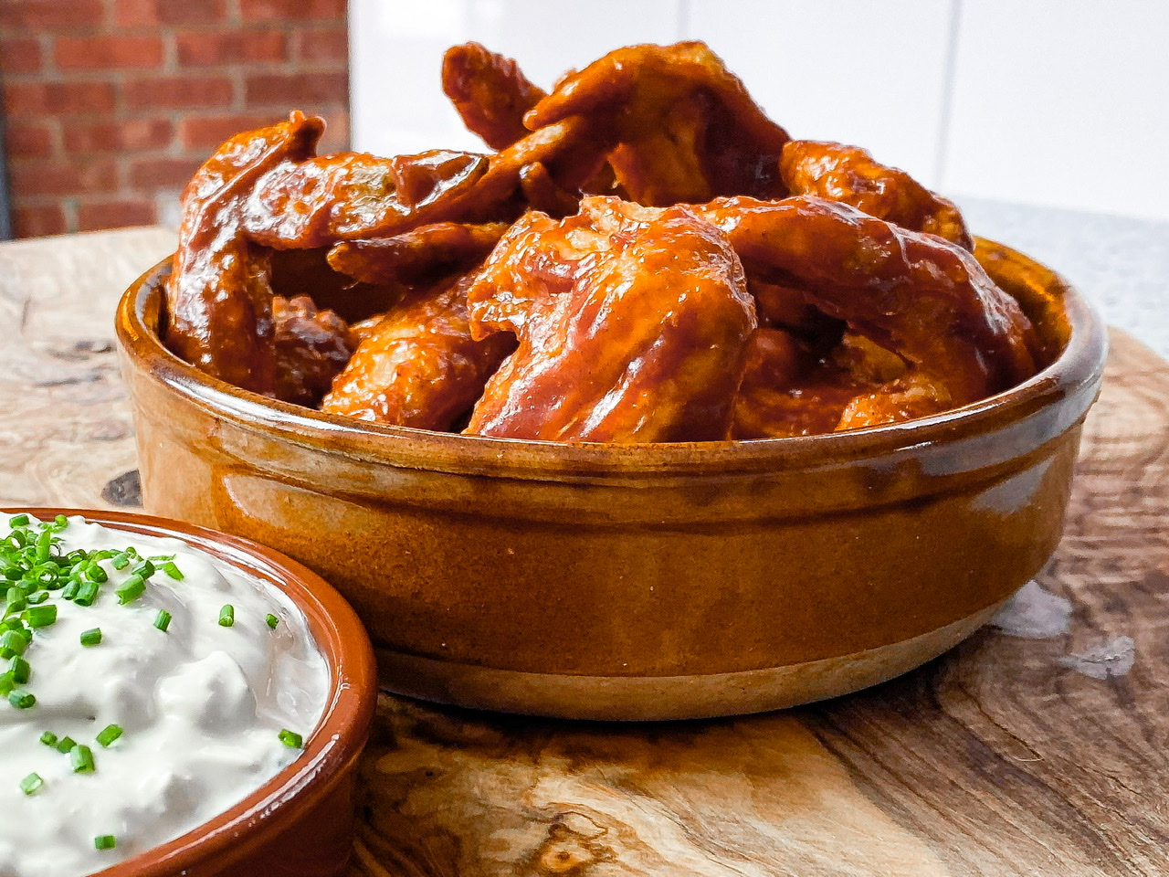 Smokey Barbecue Chicken Wings